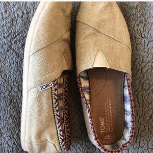 Toms Basic Canvas Shoe